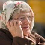 elder-talking-on-the-phone